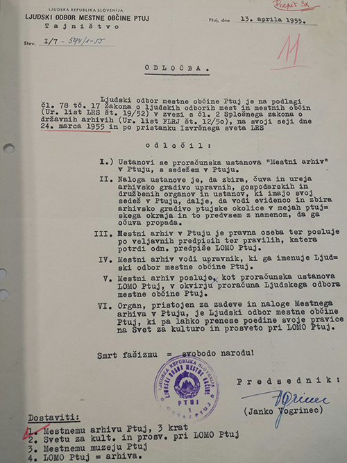 Odločba o stanovitvi Mestnega arhiva Ptuj
